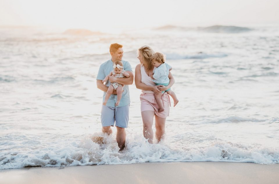 Vosloo Family Shoot at Keurboomstrand, photography by Sharyn Hodges