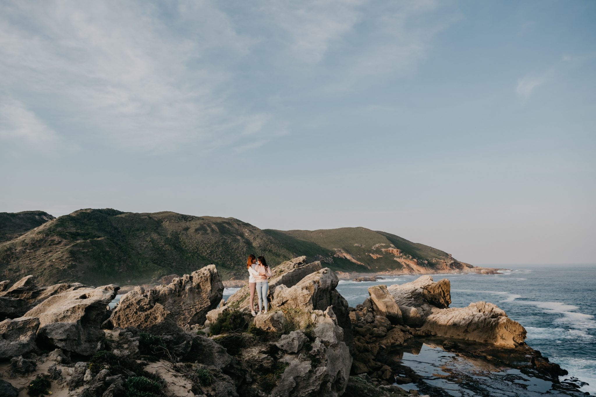 Lara & Jess's engagement shoot on Robberg Nature Reserve, photography by Sharyn Hodges.